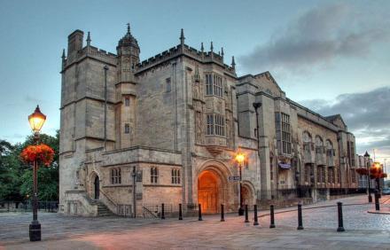 Bristol Merkez Kütüphanesi'nin Dış Cephesi - İngiltere